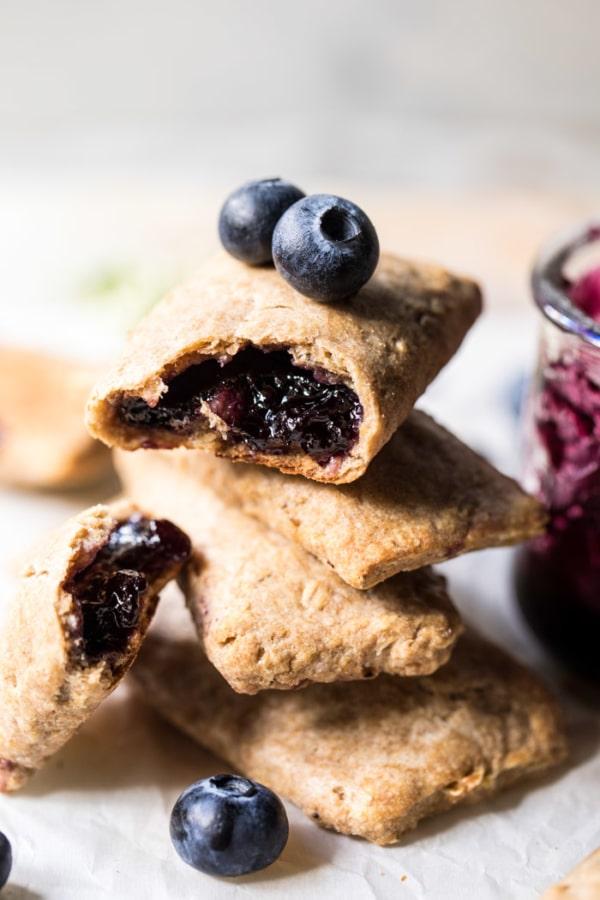 Homemade Blueberry Nutri Grain Bars | halfbakedharvest.com @hbharvest
